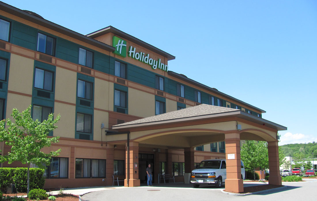 Airport Holiday Inn